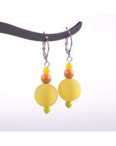 Ohrringe, Brisur mit verchiedenen Perlen, senf-farben