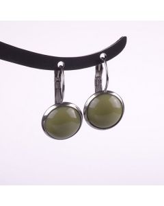 Ohrringe, Brisur mit glänzendem Acrylcabochon, oliv