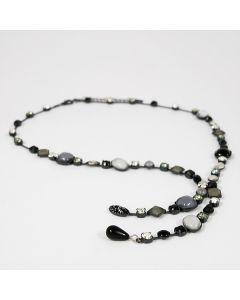 Collier in Y-Form mit Glassteinen, weiß-schwarz